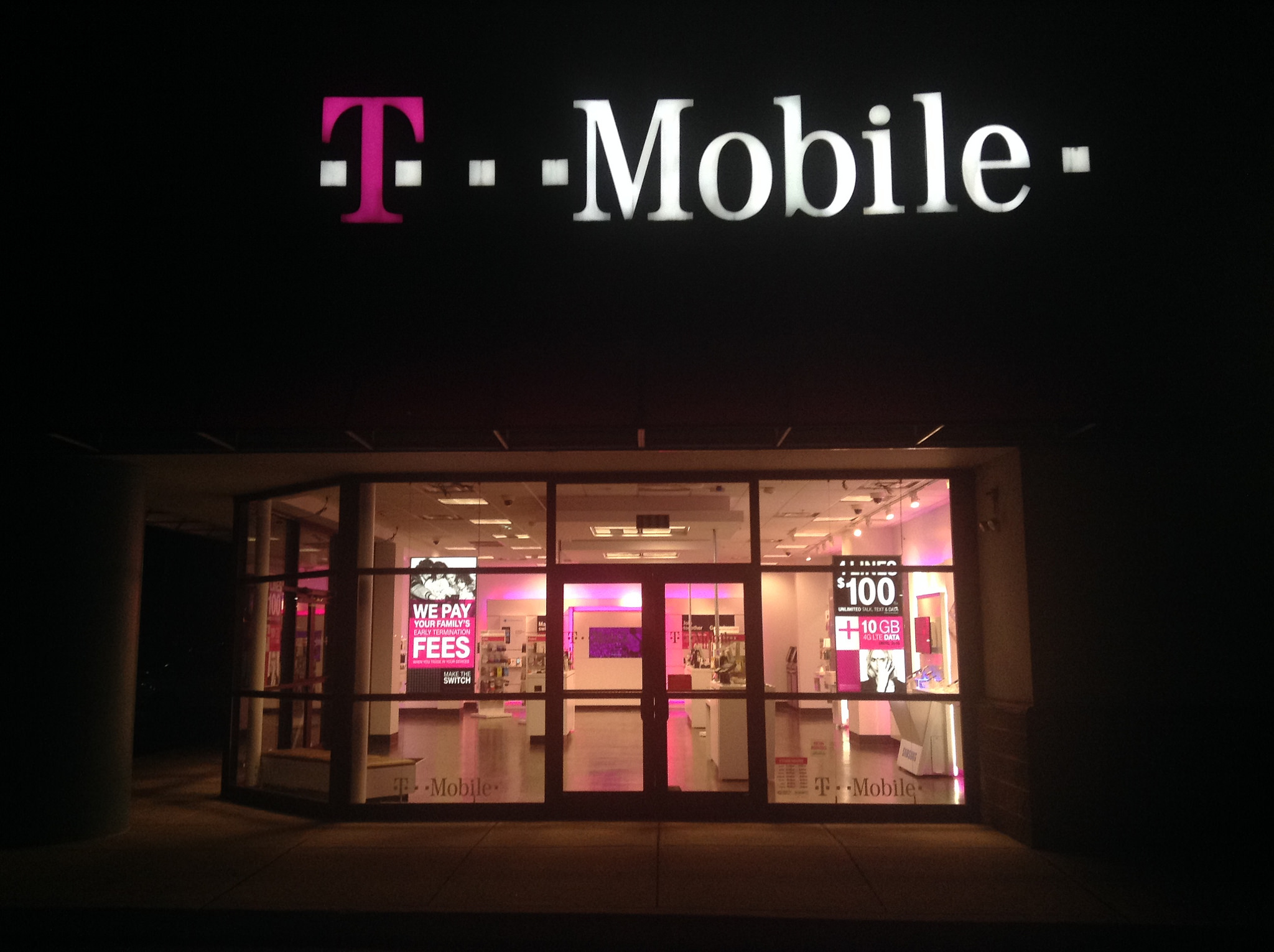 Talks over T-Mobile and Sprint merging