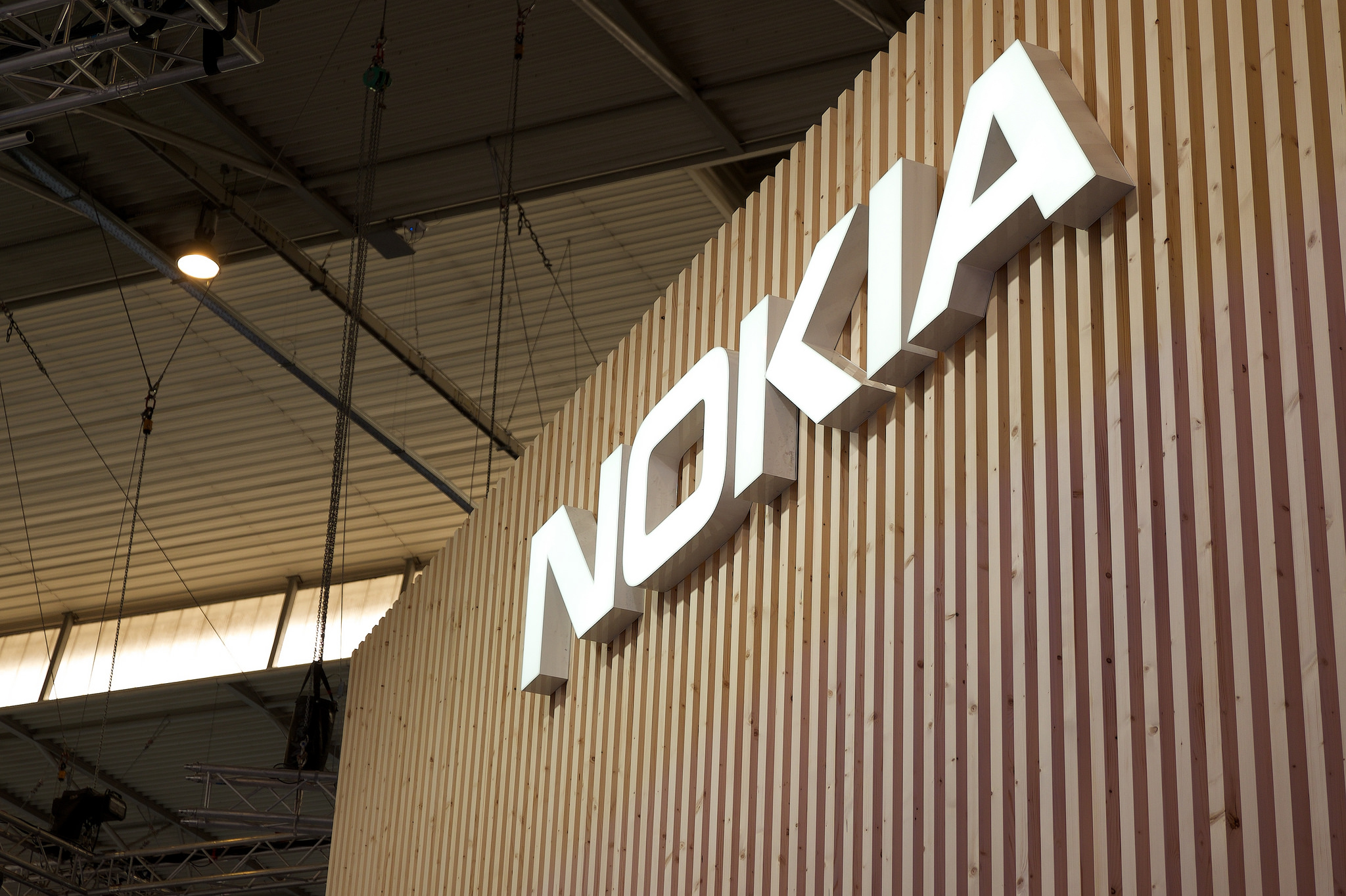 Nokia's First-Quarter Revenue suffered to 87 percent drop, yet pose positive for the coming year